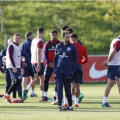 Gareth Southgate puts his team through their paces ahead of the WC Qualifier v Malta (Oct. 8)